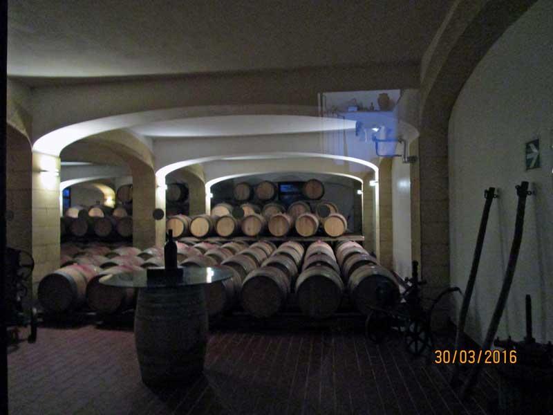 Weinkeller im Weingut Caruso & Minini für Marsala Wein