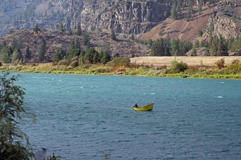 Bild 8 Immer am Flathead River entlang, fast ohne Verkehr, es macht Spaß hier unterwegs zu sein