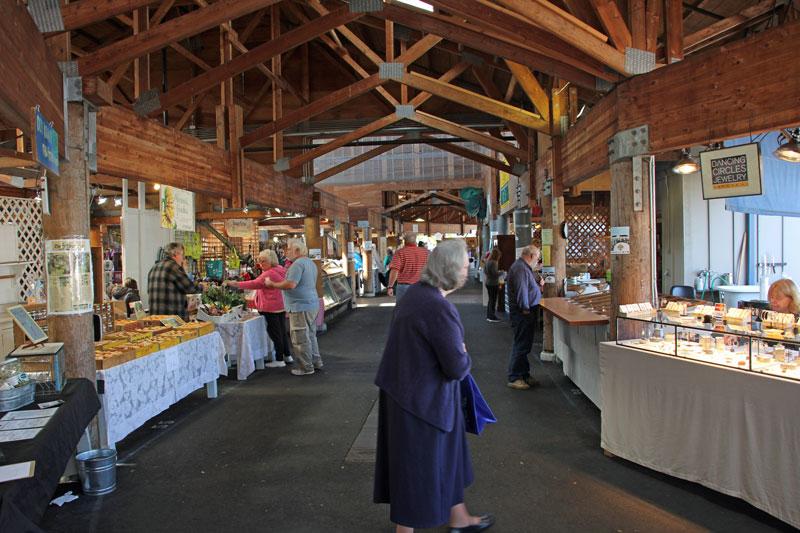 Bild 3 Farmers Market in Olympia mit vielen regionalen Produkten