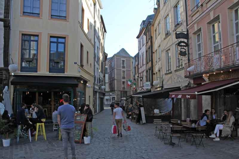 Bild 12 Unterwegs in den Straßen von Rouen