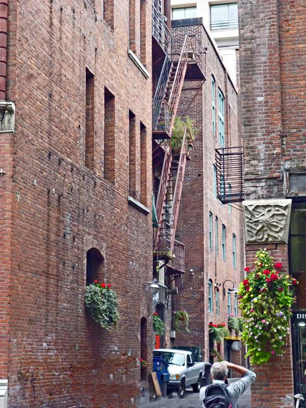 Bild 6 Alte Backsteingebäude