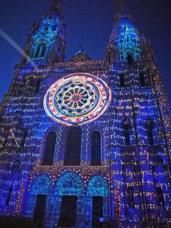 Bild 29 Lightshow auf der Kathedrale in Chartres