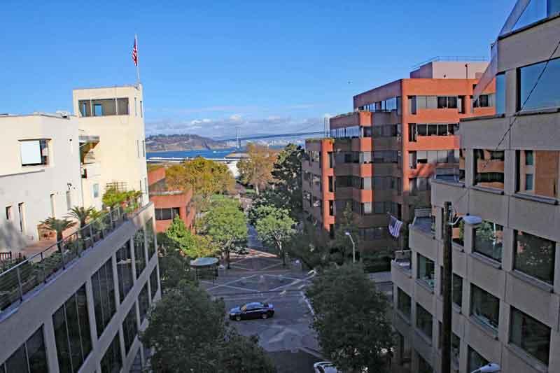 Bild 18 Blick in die Straßen von SF beim Aufstieg zum Coit Tower auf dem Telegraph Hill