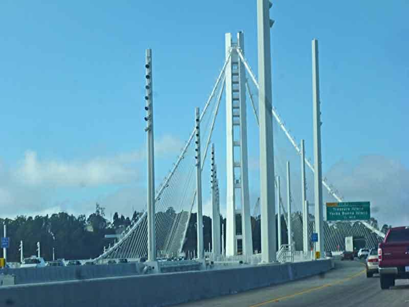 """Bild 3 Über die Bay Bridge geht es nach """"Down town"""" San Francisco"""