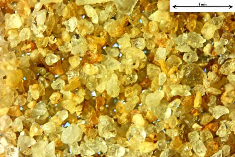 Bild 4 Sand aus Sylt-Morsumer Cliff/Deutschland Ablagerungen, Objektiv Zeiss Plan 2,5/o,o8 Auflicht und Durchlicht