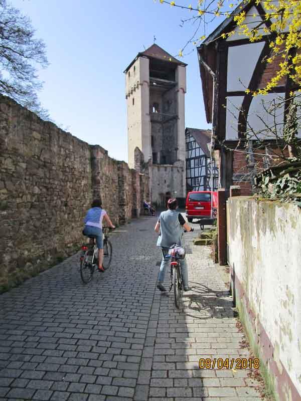 Bild 5 Am Hexenturm in Babenhausen