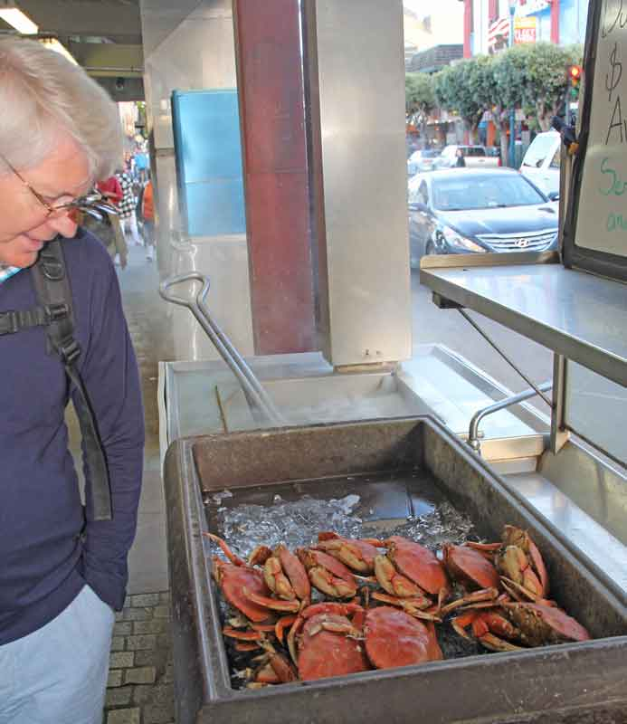 Bild 47 Seafood überall am Pier