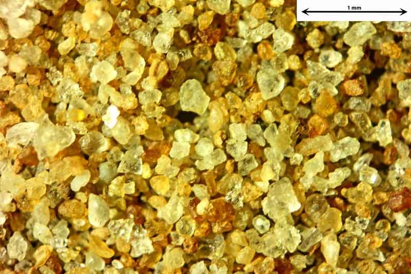Bild 3 Sand aus Sylt-Morsumer Cliff/Deutschland Ablagerungen, Objektiv Zeiss Plan 2,5/o,o8 Auflicht