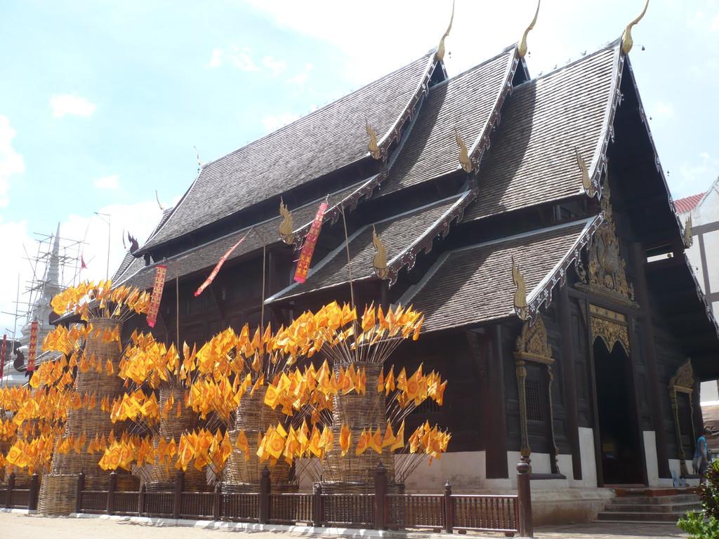 temple en teck, Chiang Mai
