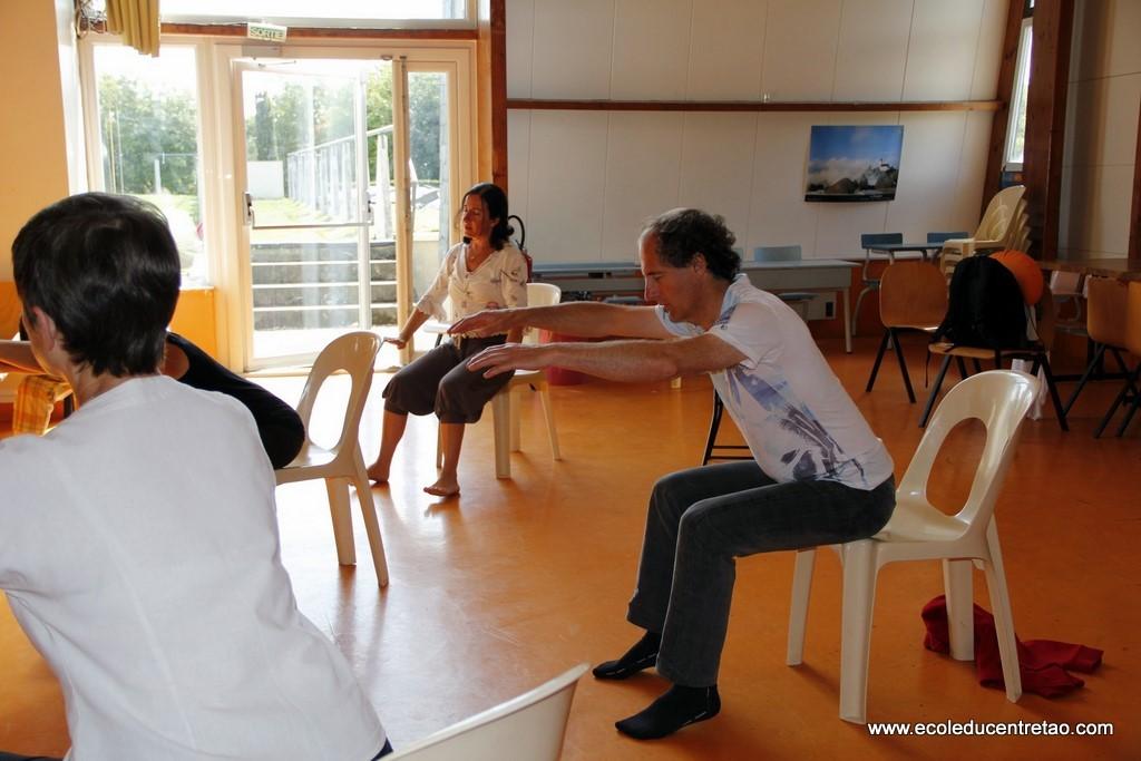 stage de sheng zhen qi gong avec Philippe ASPE, août 2011 Bretagne, France.