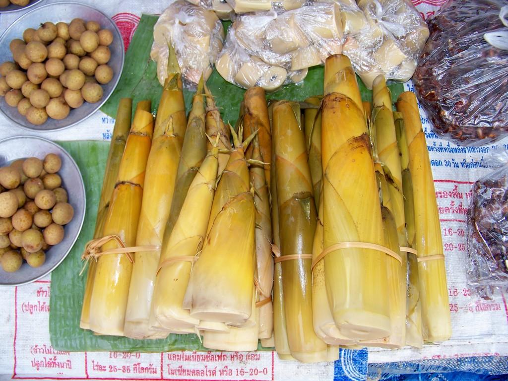 fruits légumes sur un marché
