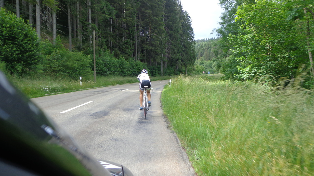 Unterwegs zum dritten Checkpoint im Schwarzwald Richtung Ewatingen in Deutschland...