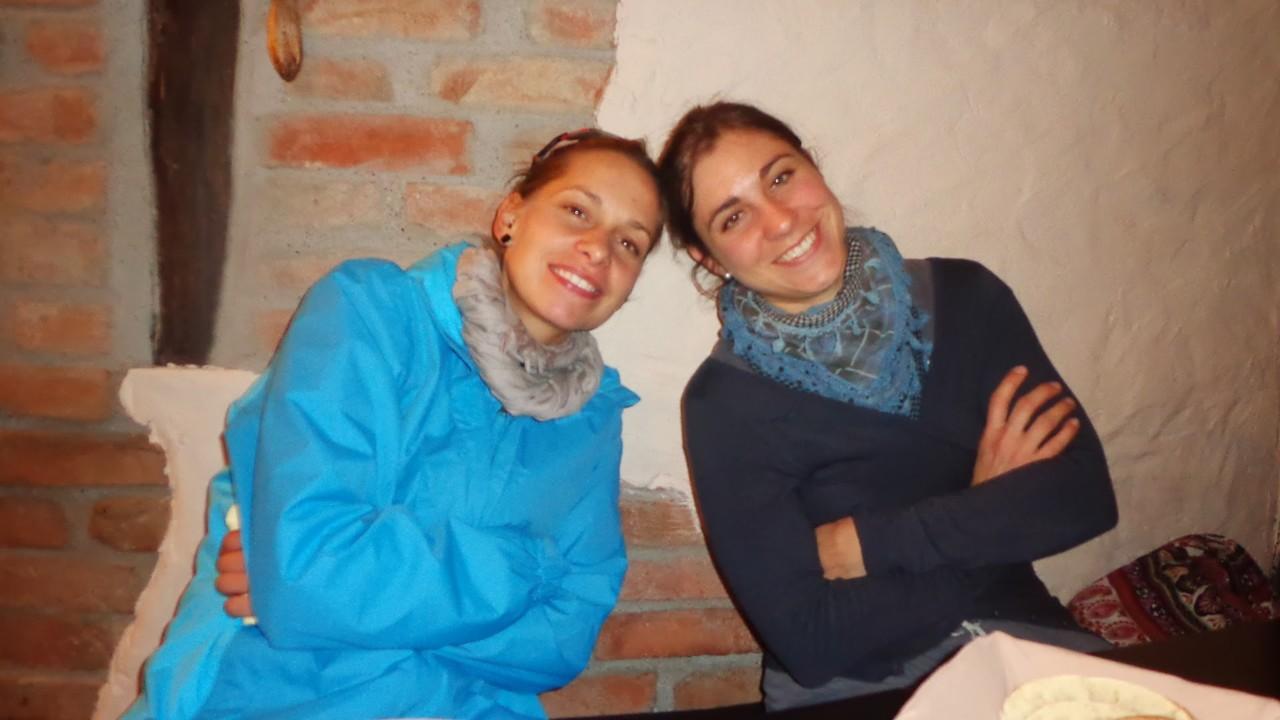 Alexandra und Corinne sind seit Jahren gut befreundet...