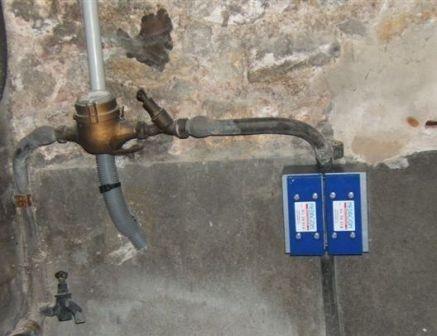 installation anti calcaire médiagon sur une canalisation en PLOMB dans une habitation