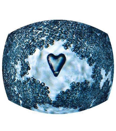 cristal d'un coeur d'eau