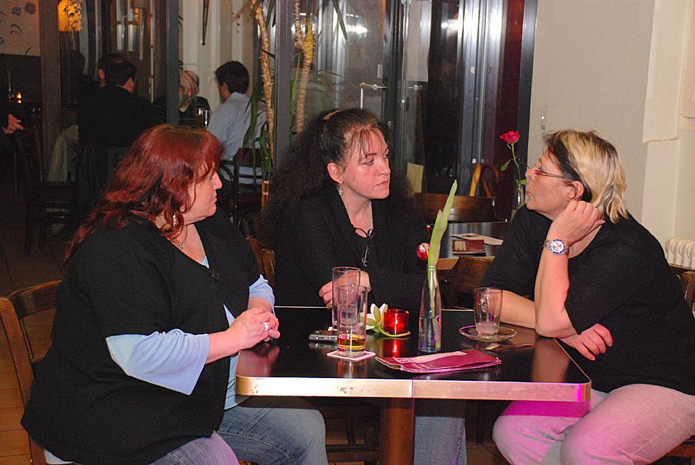 Die 3 Damen ...