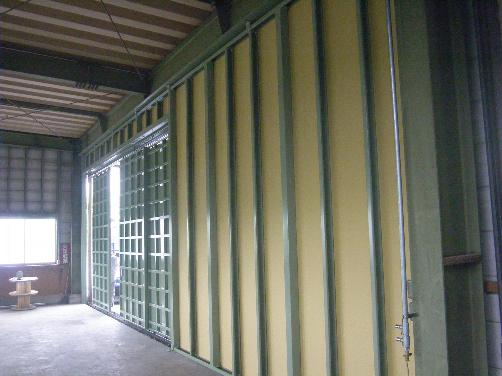 壁及び鋼製引戸新設工事:工程写真