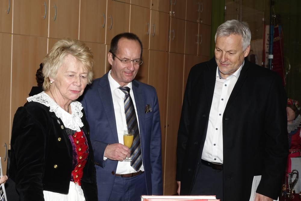 Herren Ehrmann und Witzany, Rosina Reim