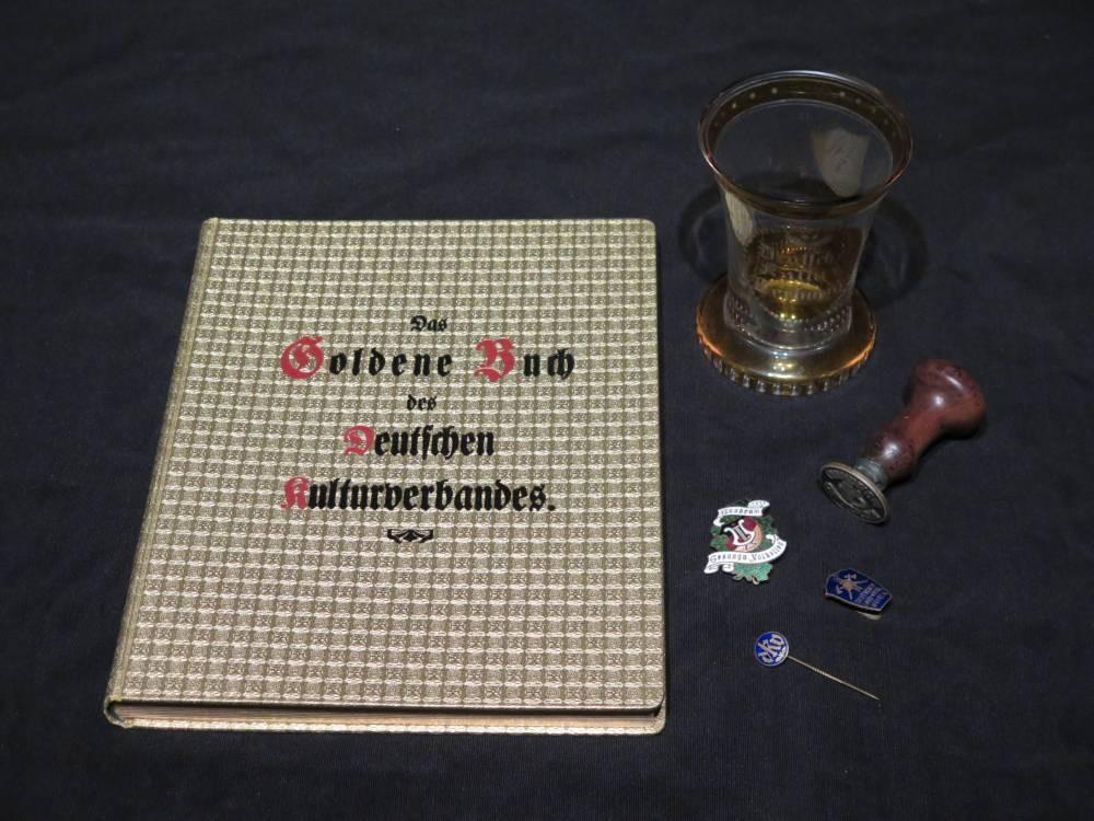 Godenes Buch von Gundrum