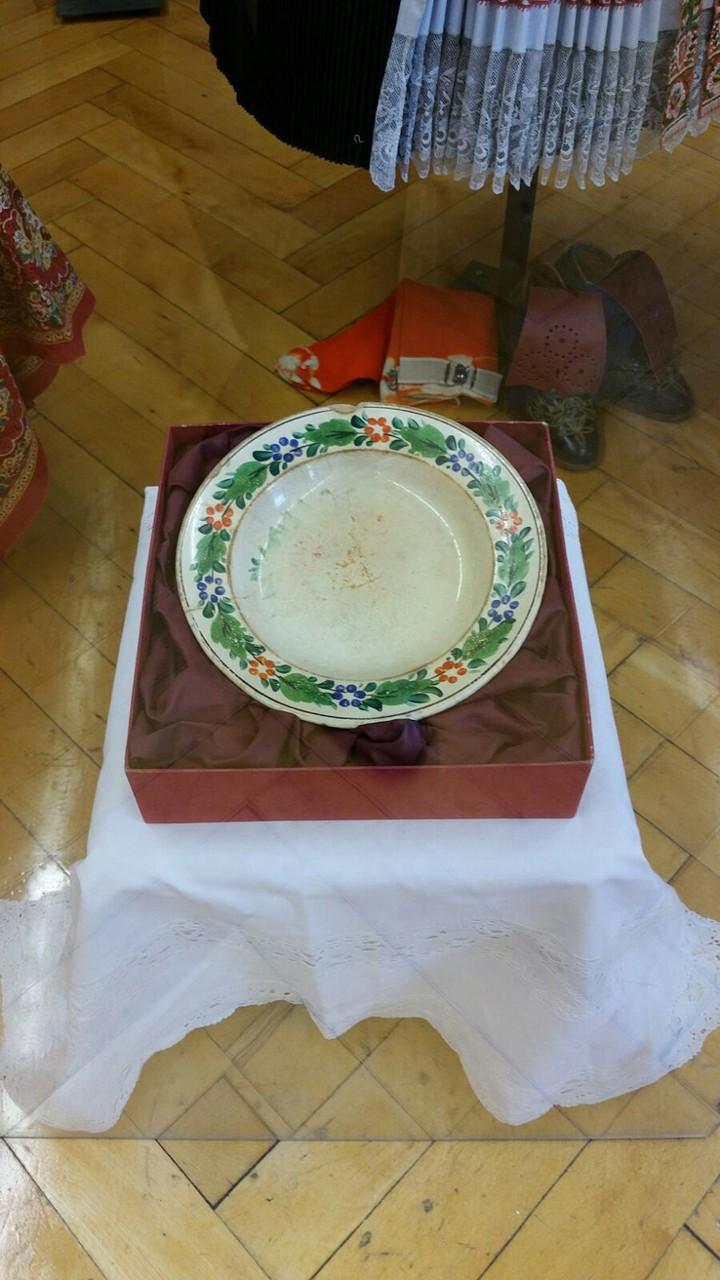 170 jähriger Suppenteller