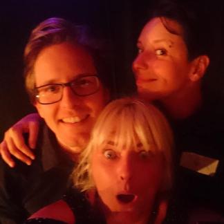 Klubbekanntschaften Improtheater erstes-Date Aufsturz Berlin