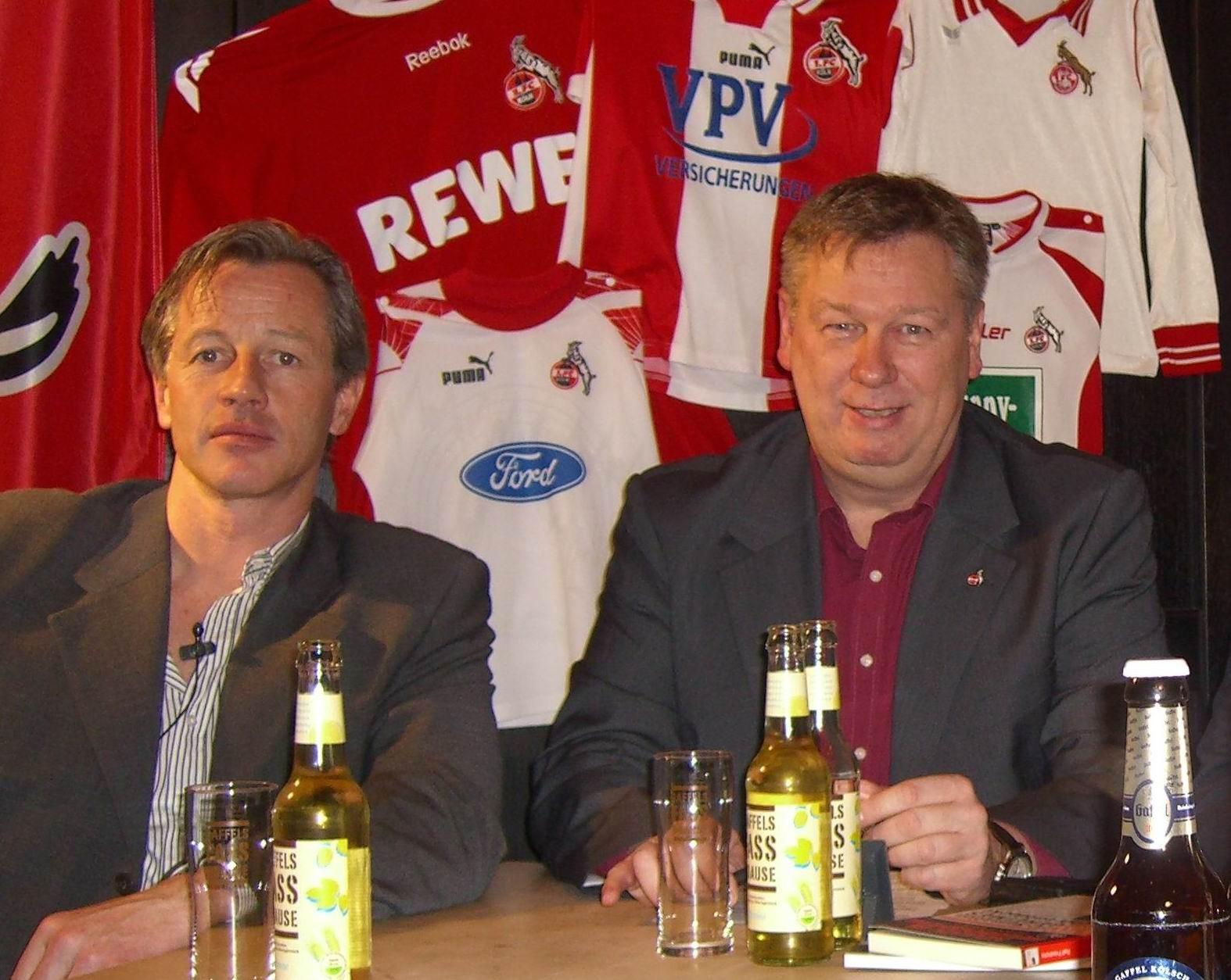 Spielte auch mal beim FC, Jens Keller zu Gast, kurz bevor er Schalke 04 übernahm