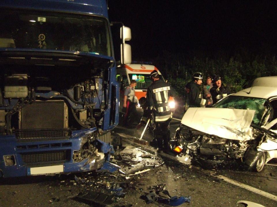 Schwerer Unfall Drei-Kreuz-Kurve