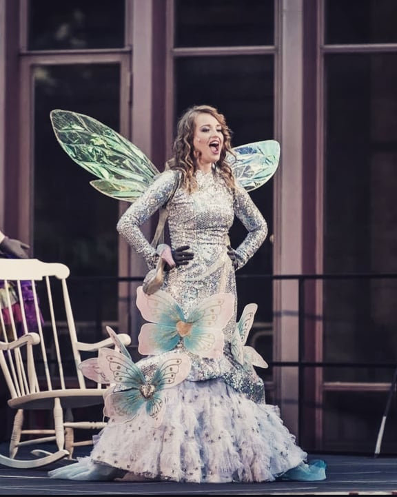 """La Fee"" in ""Cendrillon"" am Theater St. Gallen © Michel Canonica"