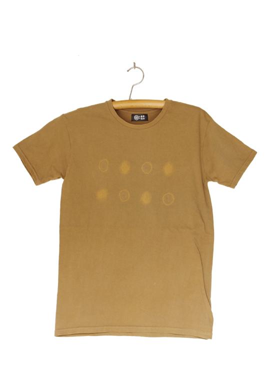 熊野番茶染め Tシャツ(御浜小石絞り・銅×鉄媒染)