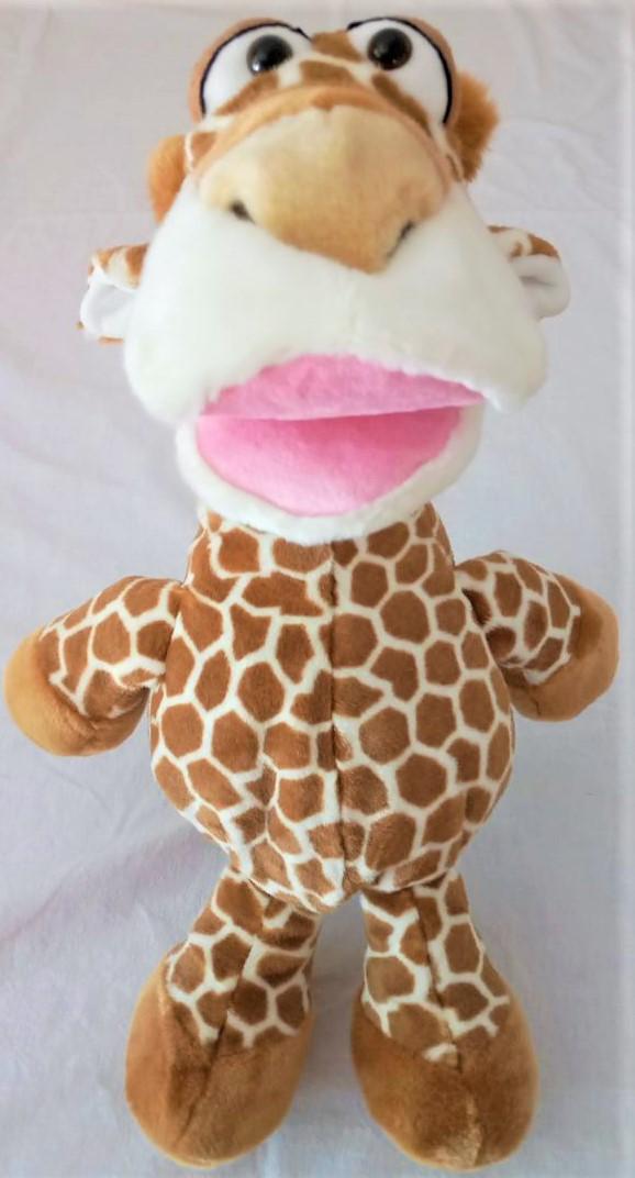 Klasse 1c - Klassenlehrerin Frau Schmidt - Klassentier Lilo, die Giraffe