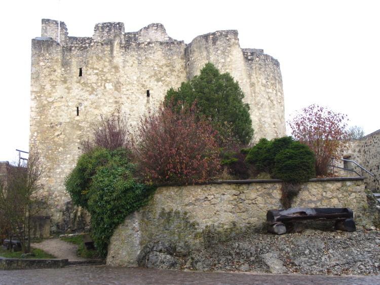 Rauf zur Burg Derneck