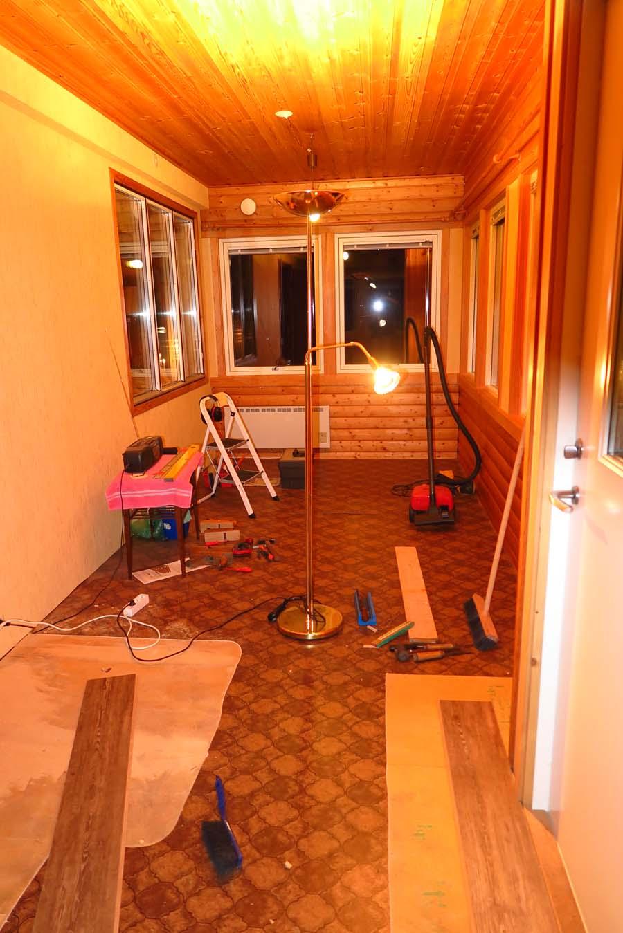 So und nun noch der Fußboden...