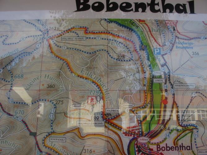 Wir sind hier im Bobenthal unterwegs...