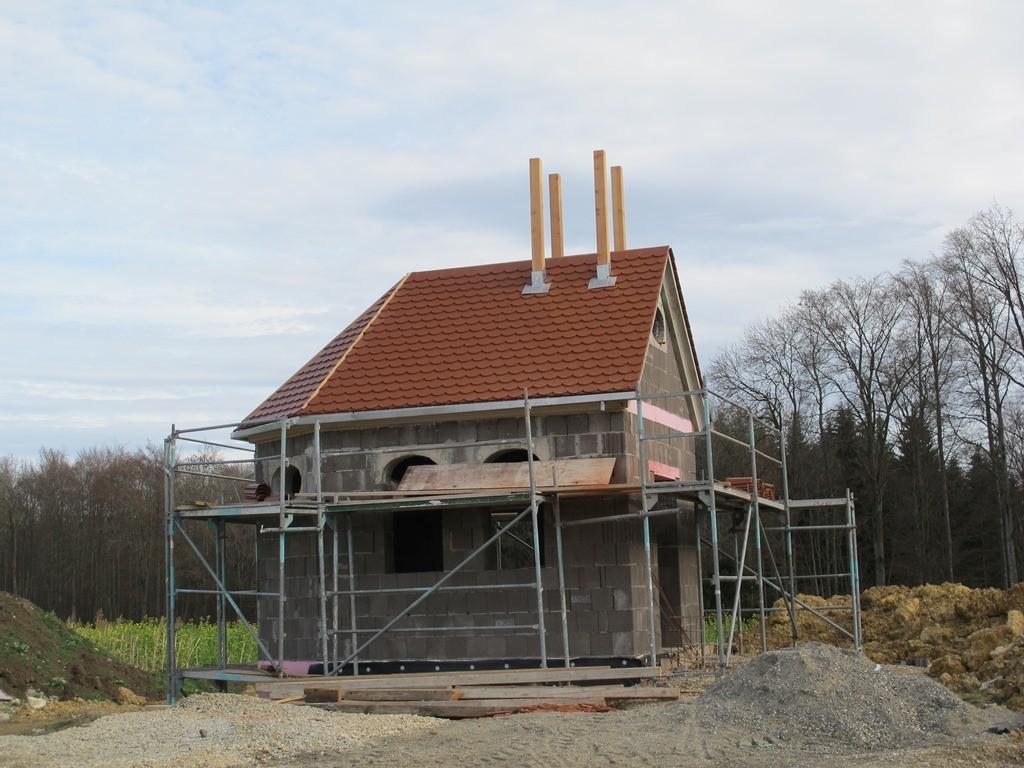 Und hier wird tatsächlich noch eine Kapelle NEU gebaut