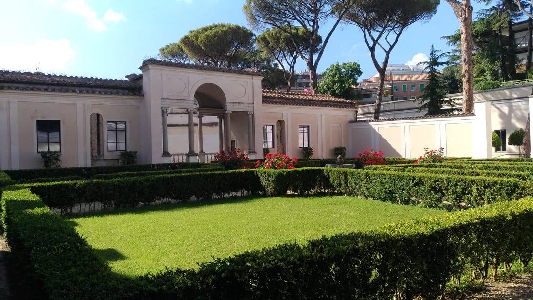 Museo Etrusco di Villa Giulia - Pinte al Museo