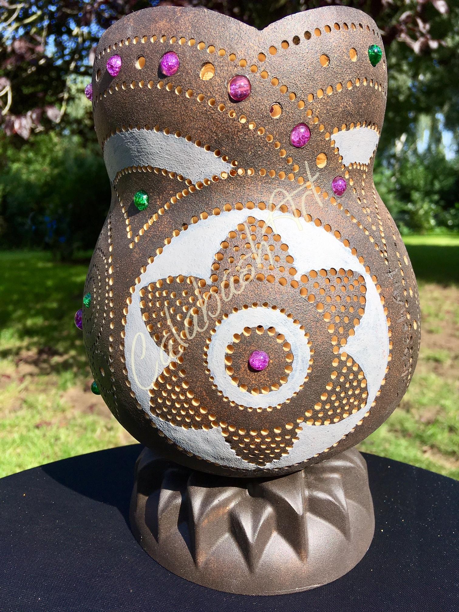 """Tischlampe, Kalebasse """"Blüten und Kreise"""" mit Keramikfuß 1, CalabashArt"""