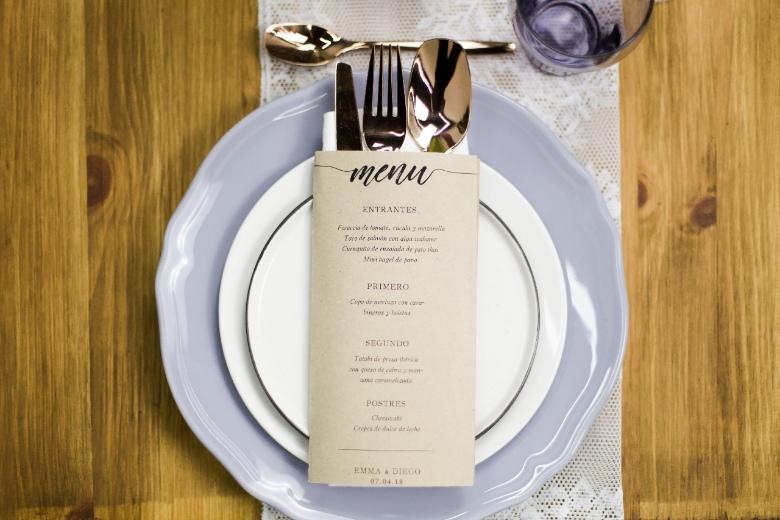 Detalle mesa estilo boho par novia millenial