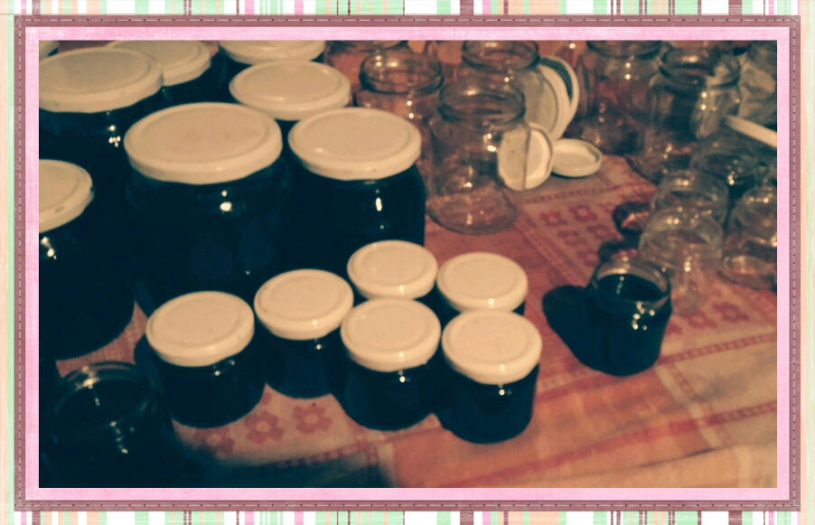 Filling up jars