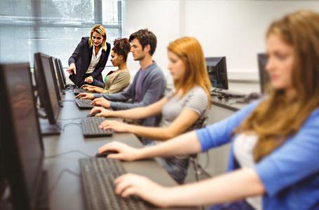 Free Computer Class Thailand Volunteers