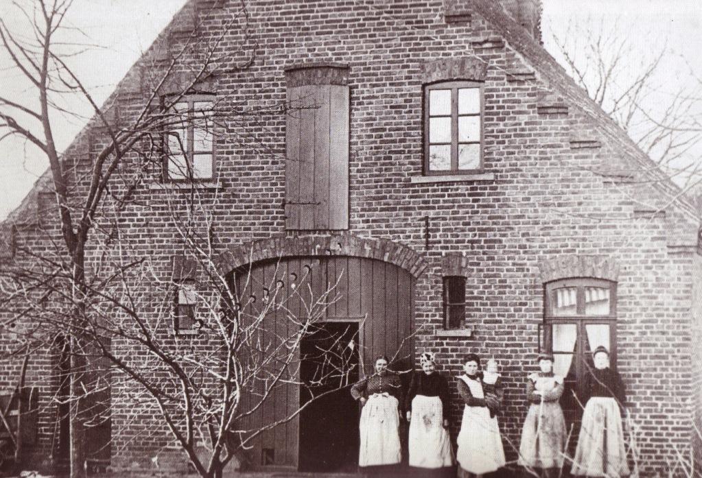 """""""Oslebshauser Heerstraße 166"""", Familie Niehaus, 1912"""