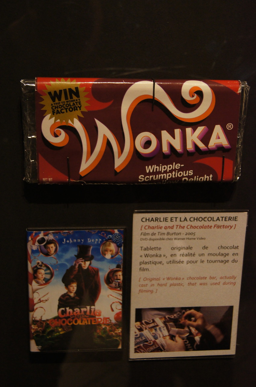 Un peu de gourmandise avec la tablette de chocolat de Willy Wonka, mais on n'a pas vu le fameux ticket d'or pour avoir une visite guidée de la chocolaterie