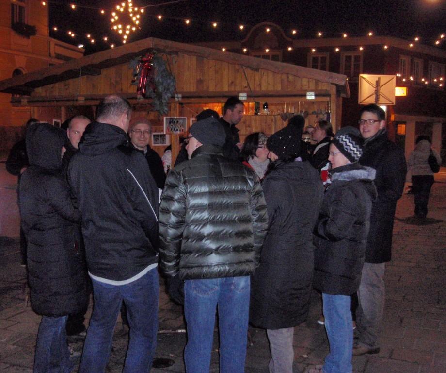 Punschstand am Marktplatz am 16/17. Dezember 2011