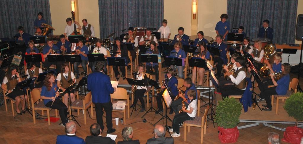 Frühjahrskonzert mit Jugendorchester der Musikschule am 02. Juni 2010