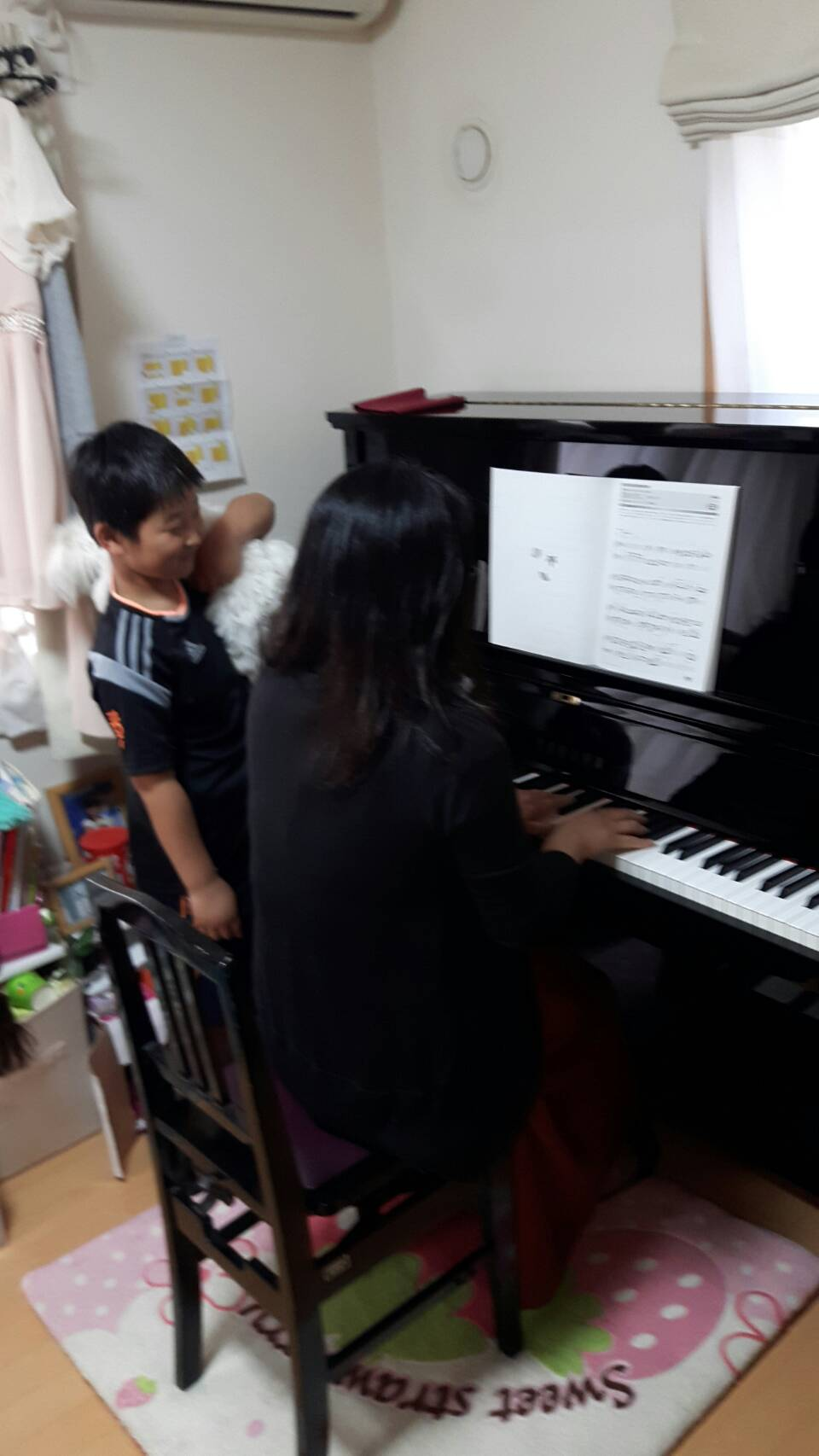 調律後の音色、タッチ感、ピアノの艶をお客様に確認いただきます。