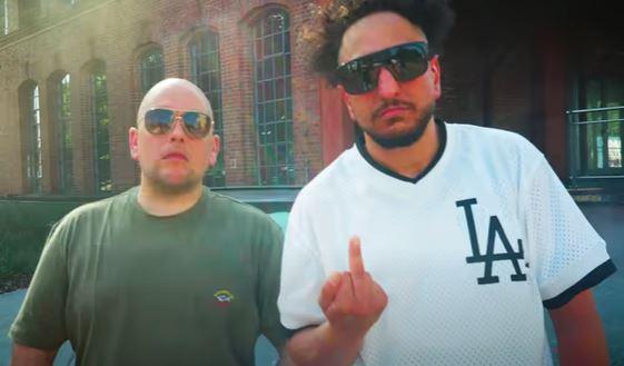 Celo (L.) und Abdi (Screenshot Youtube)