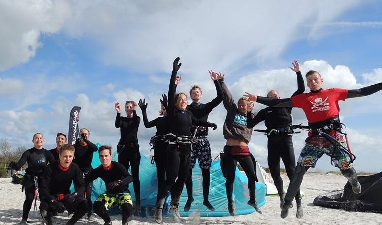 Kitesurfen lernen, Kiten Holland bei waveBandits am Ijsselmeer