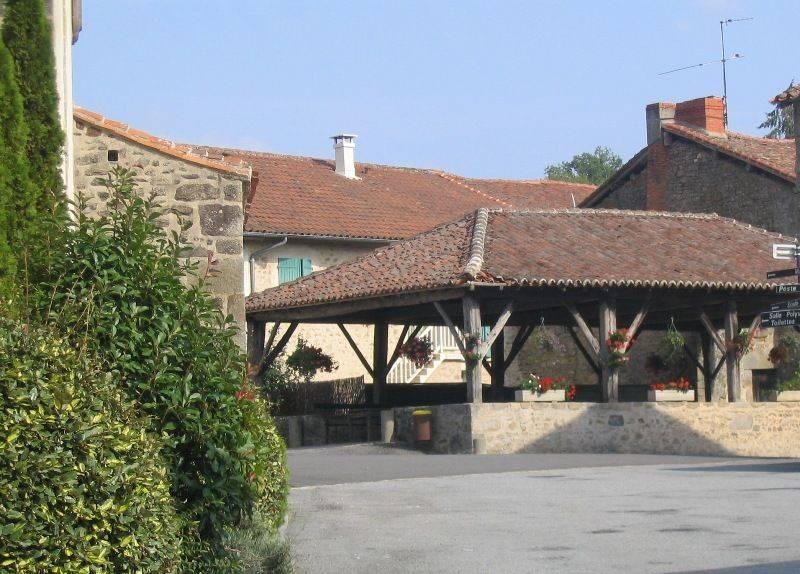 La Halle de St Pardoux
