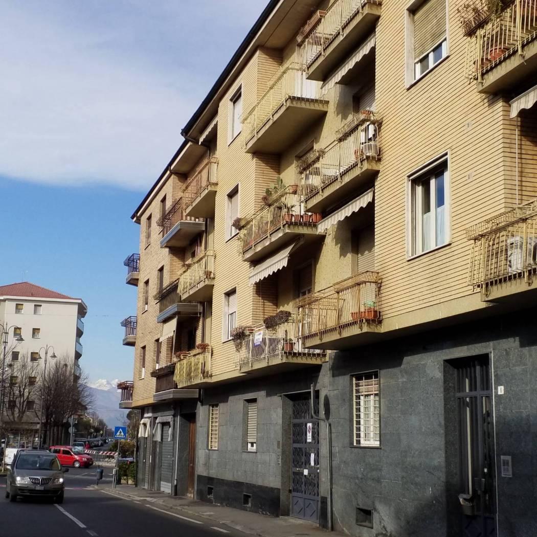 Trilocale via Amedeo Gioliti 8, Pianezza