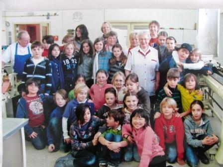 Schulklasse 4b Turmweg 2010