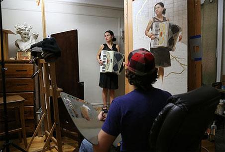 Porträrmaler Gregory Mortenson - Beim Malen eines Porträts
